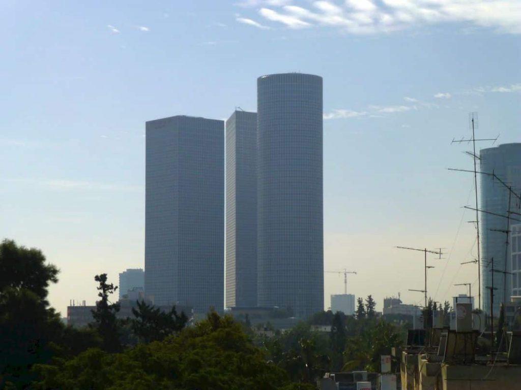 Tel Aviv: Drei Türme des Azrieli Center. Israel 2013