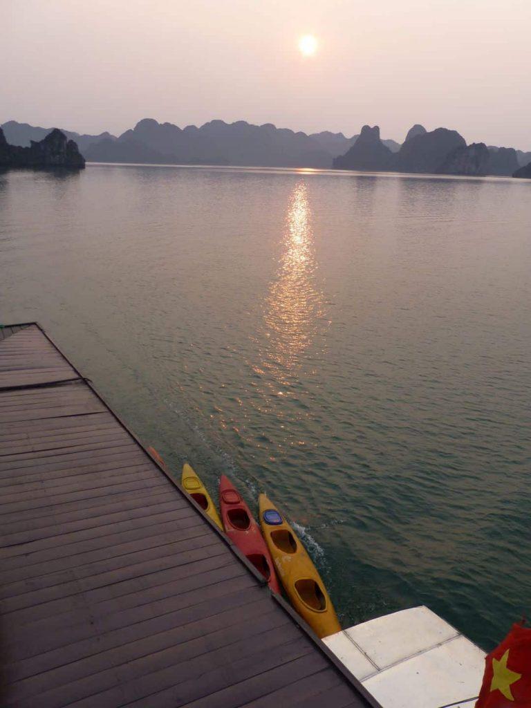 Halong Bucht Südchinesisches Meer 2014